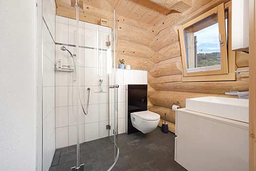 Gaste Wc Mit Dusche Bilder : Blockhäuser blockhausbau log homes alaska blockhaus de